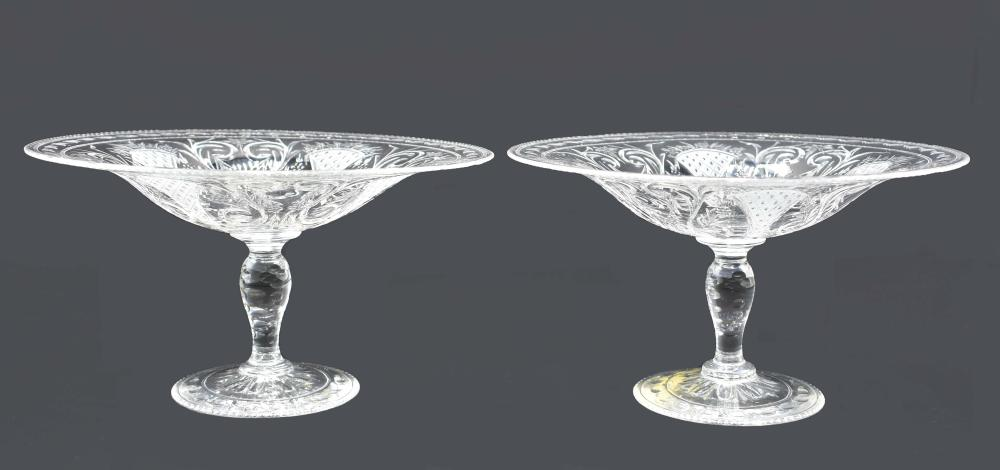 Lot 226: PAIR OF PAIRPOINT ENGRAVED COLORLESS GLASS TAZZA