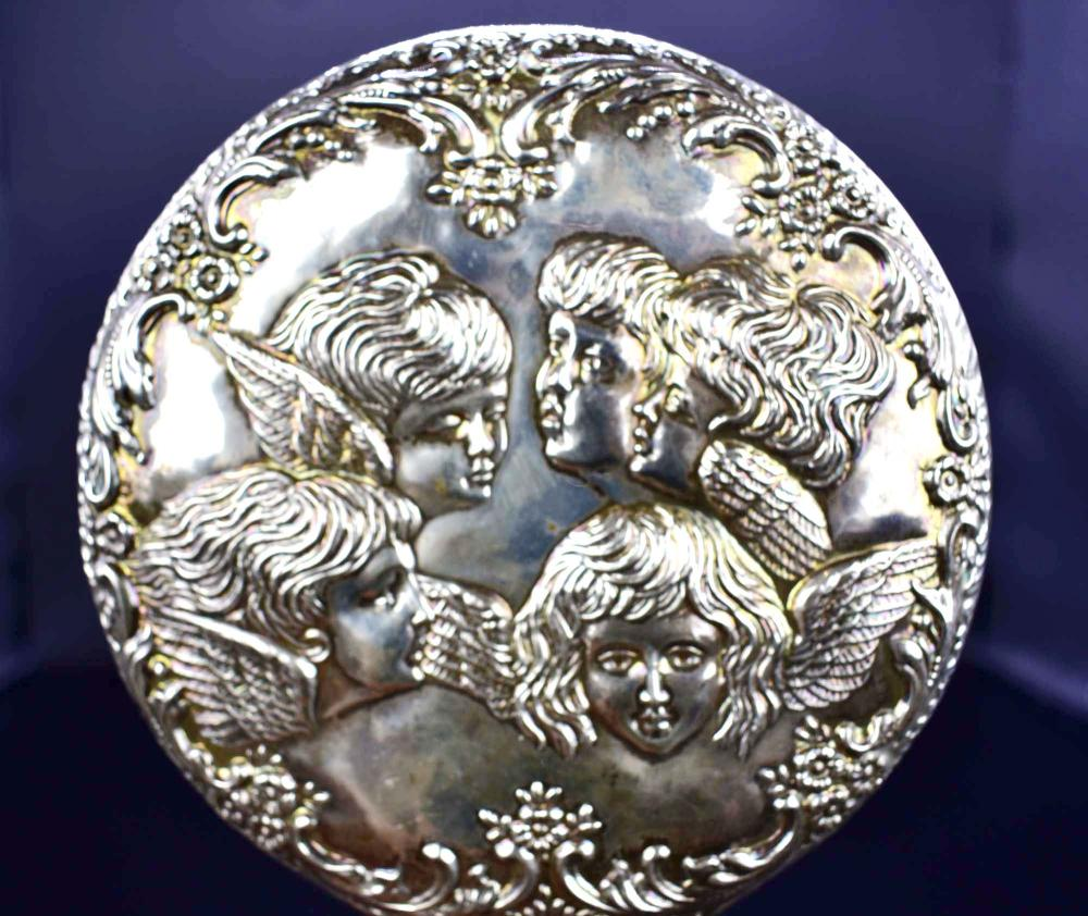 Lot 25: VICTORIAN SIVER PLATE HAND MIRROR