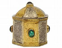 SILVER GILT COVERED BOX