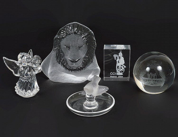 FIVE COLORLESS GLASS TABLE ITEMS
