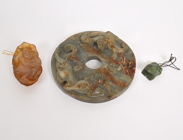 CHINESE ARCHAIC STYLE GREEN & BROWN JADE DISC
