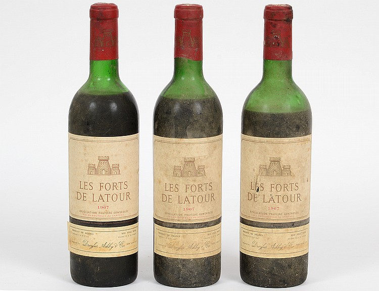 THREE FRENCH 1967 LA FORTS LATOUR RED WINE BOTTLES