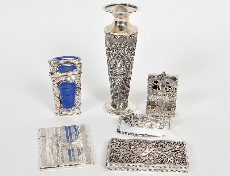 SIX ASSORTED SILVER ITEMS