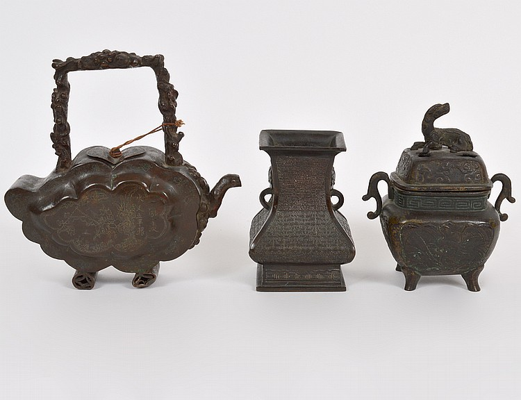 THREE CHINESE PATINATED BRONZE TABLE ITEMS