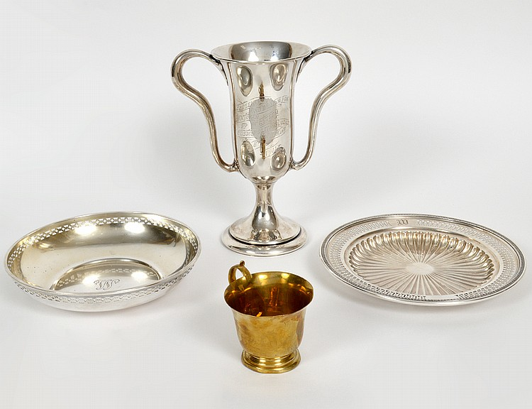THREE AMERICAN STERLING SILVER TABLE ITEMS