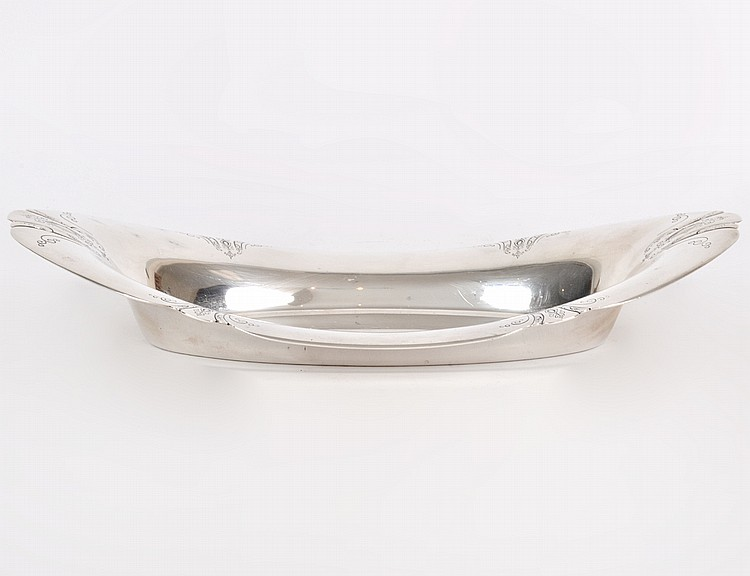 "AMERICAN STERLING SILVER ""CHASED DIANA"" OVAL BREAD TRAY"