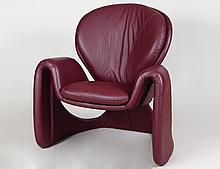 CONTEMPORARY BURGUNDY LEATHER UPHOLSTERD ARMCHAIR