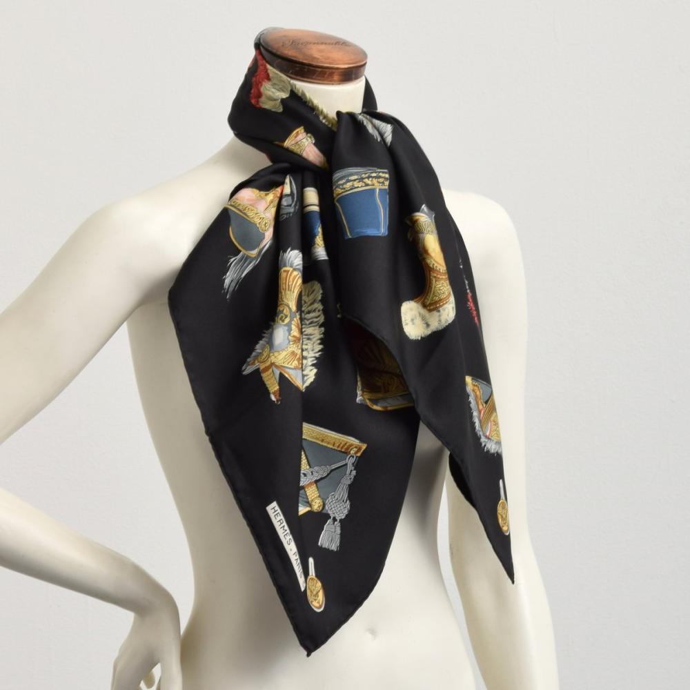Hermes CASQUES ET COIFFURES MILITAIRES Silk Scarf