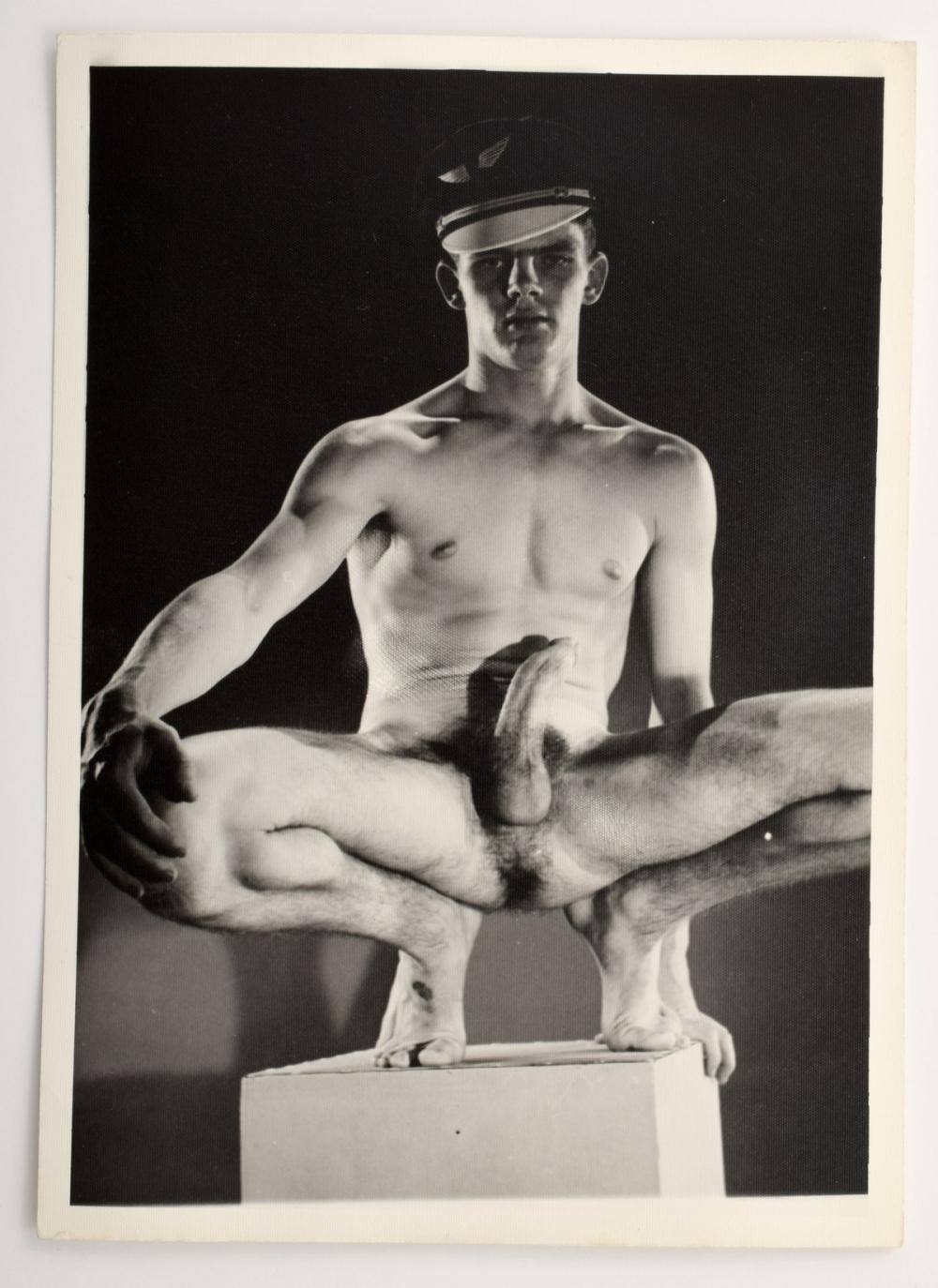 Classic male art nudes amishhomo