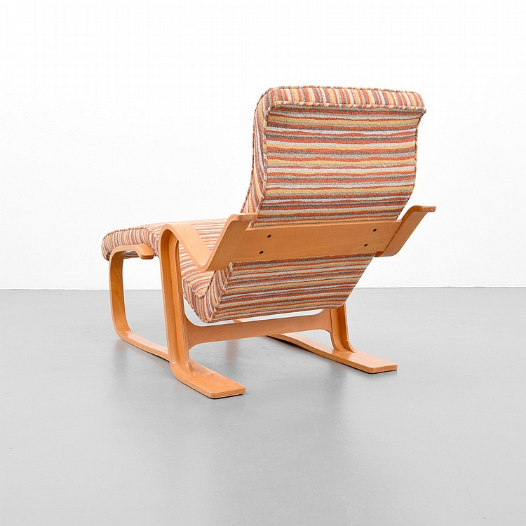 Marcel breuer long chaise lounge chair for Breuer chaise lounge