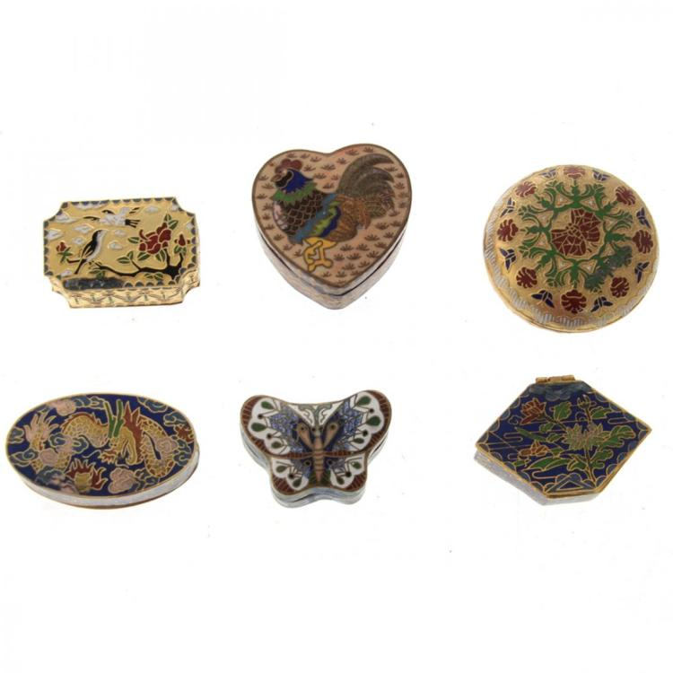 6 Chinese Enamel Cloisonne Snuff Pill Boxes.