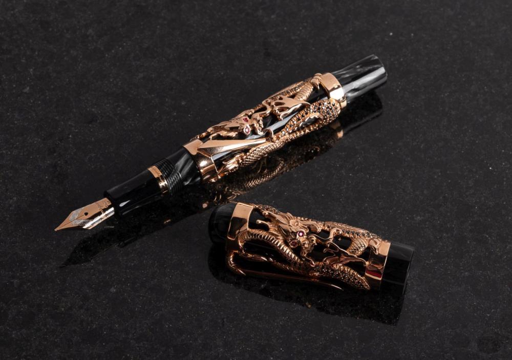 MONTEGRAPPA Restyle DRAGON 18K Gold & Black Diamonds Ltd Fountain Pen