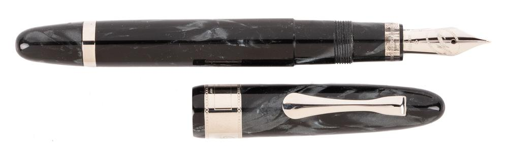 OMAS for DAVIDOFF Ltd Ed Celluloid Fountain Pen