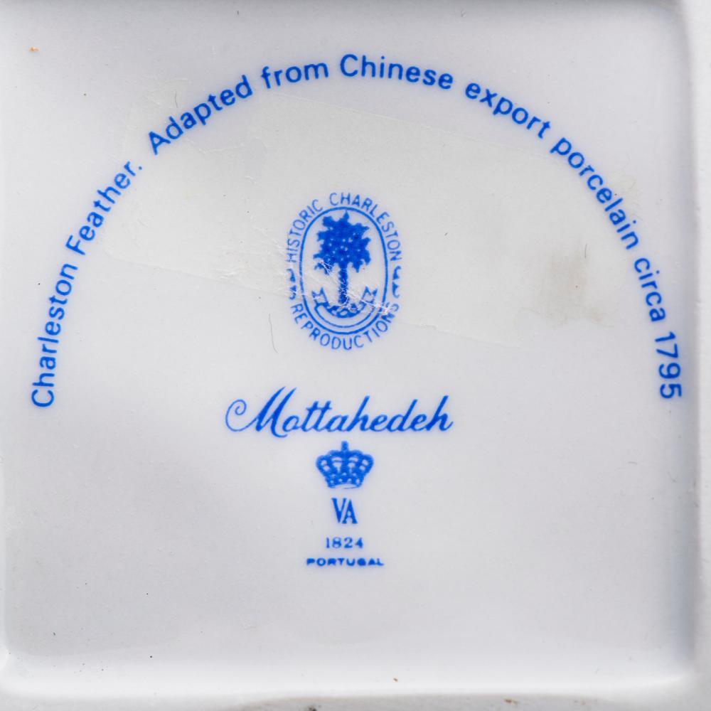 Par de castiçais, porcelana da Vista Alegre (2)