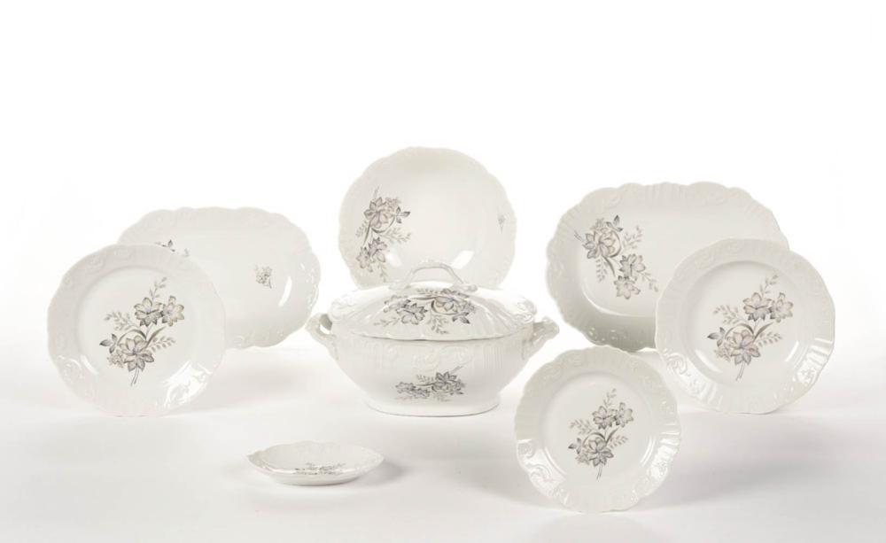 Serviço de jantar em porcelana VA (29)