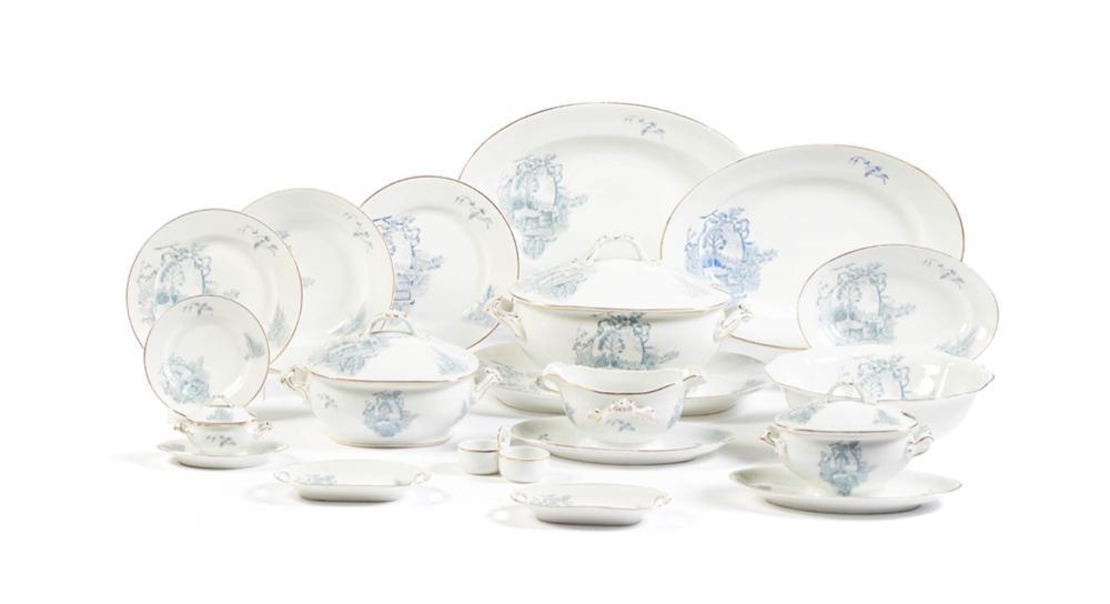 Serviço de jantar em porcelana da VA (97)