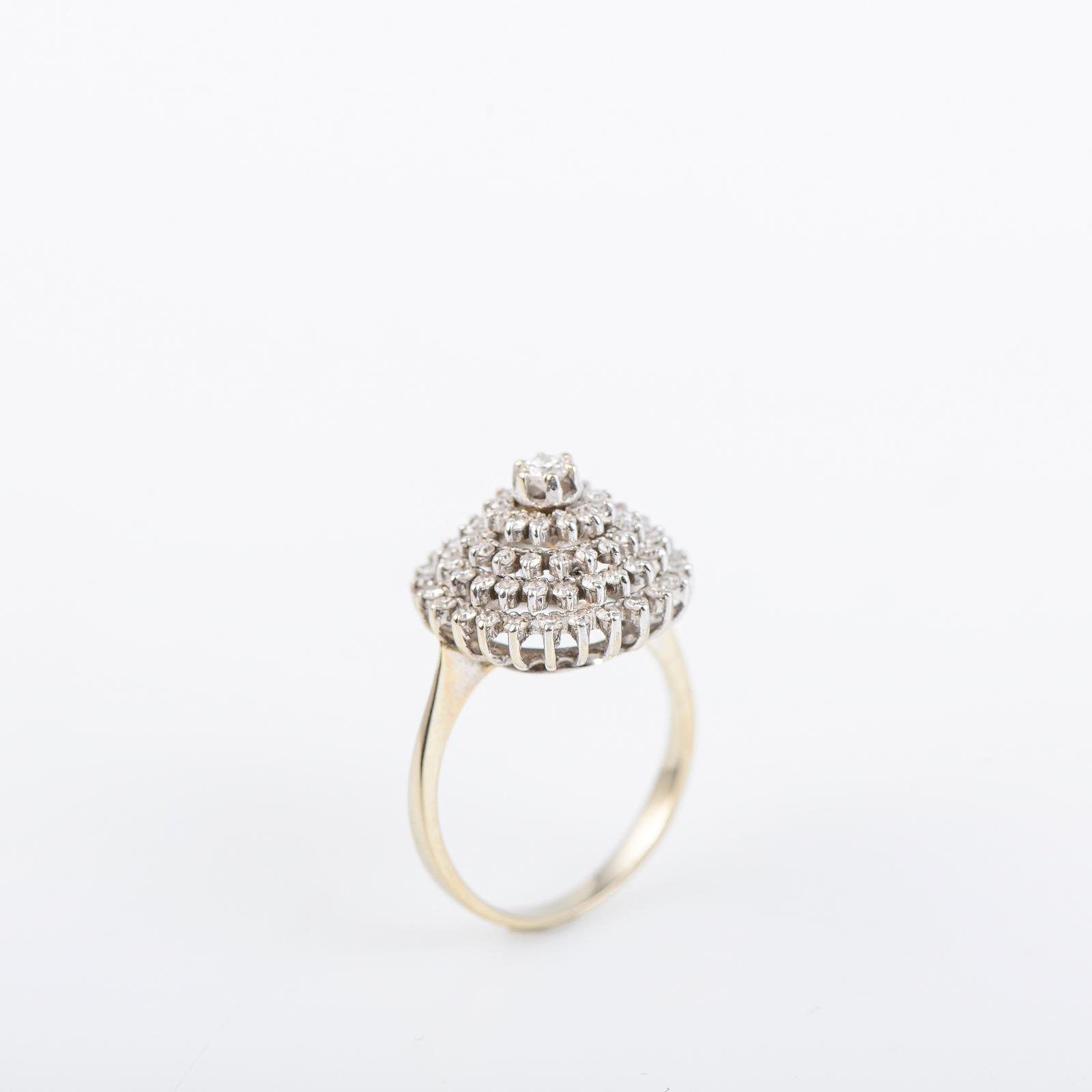 Anel em ouro branco 800 ml, diamantes, P.5g.
