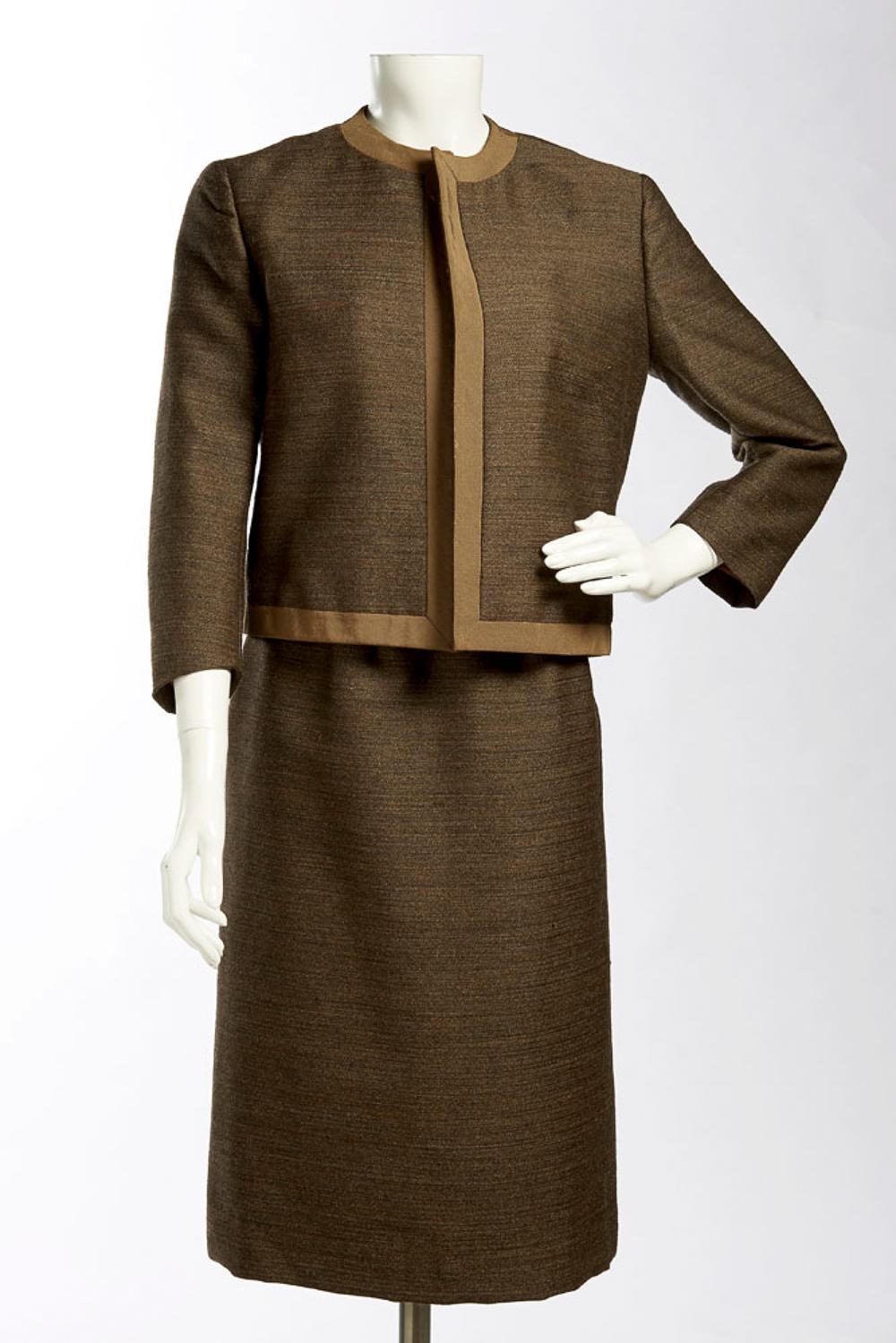 Chas (?) Davis, wool coat and skirt (2)