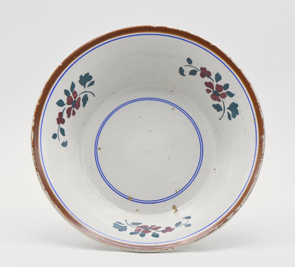 Portuguese faience bowl, made in Aveiro
