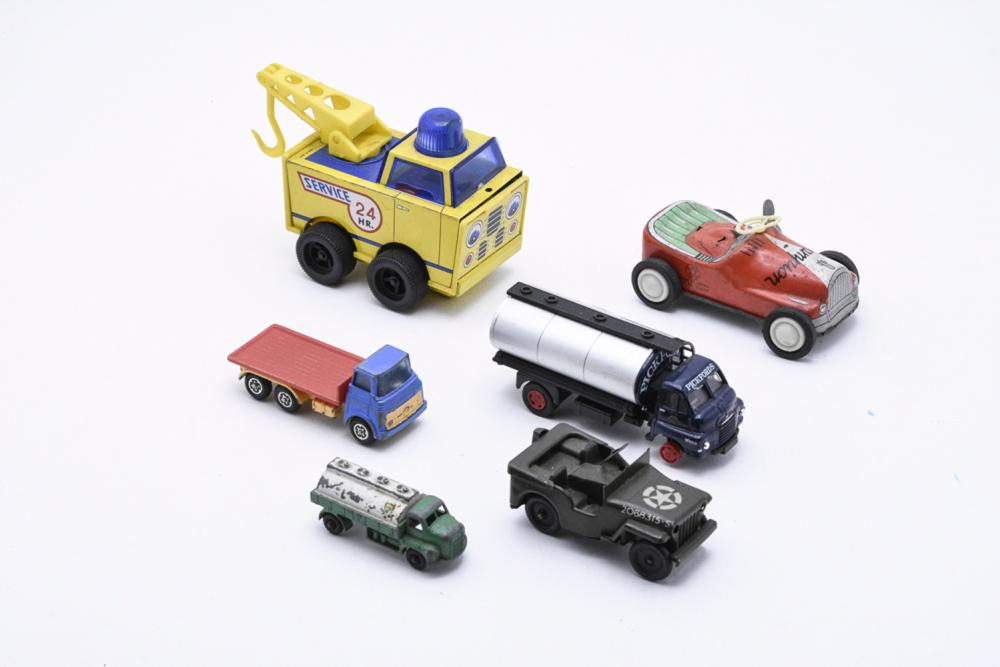 Lot of 6 cars