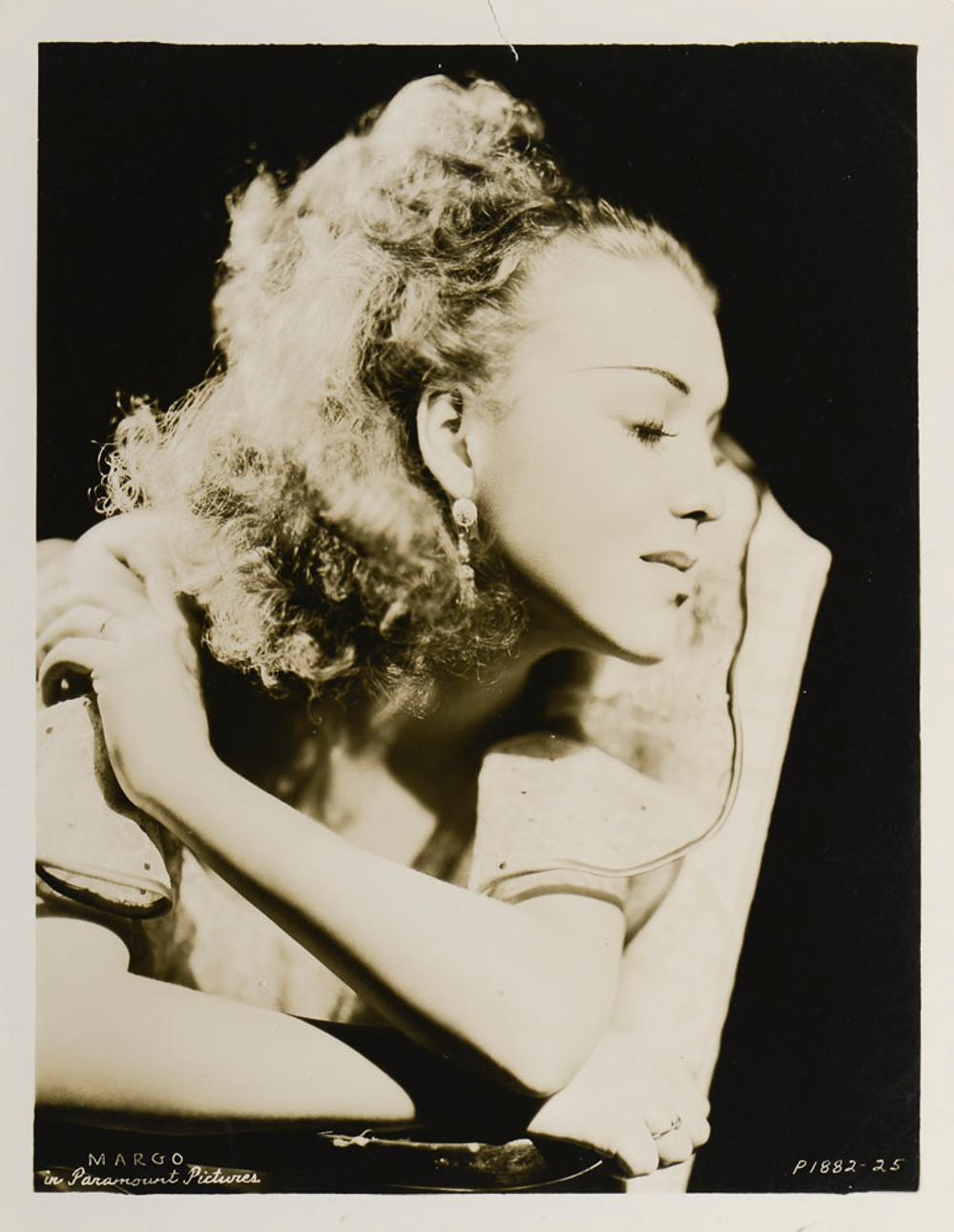 Portrait of Margo, photograph, 26 x 20 cm.