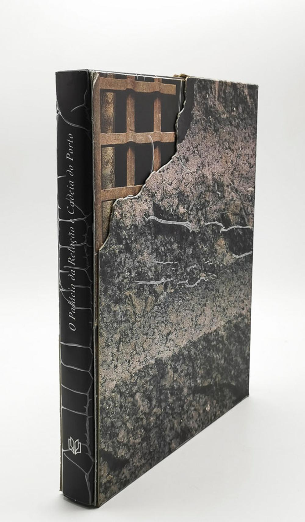 THE PALACE OF RELATIONSHIP AND CHAIN OF PORTO, 1 vol. enc