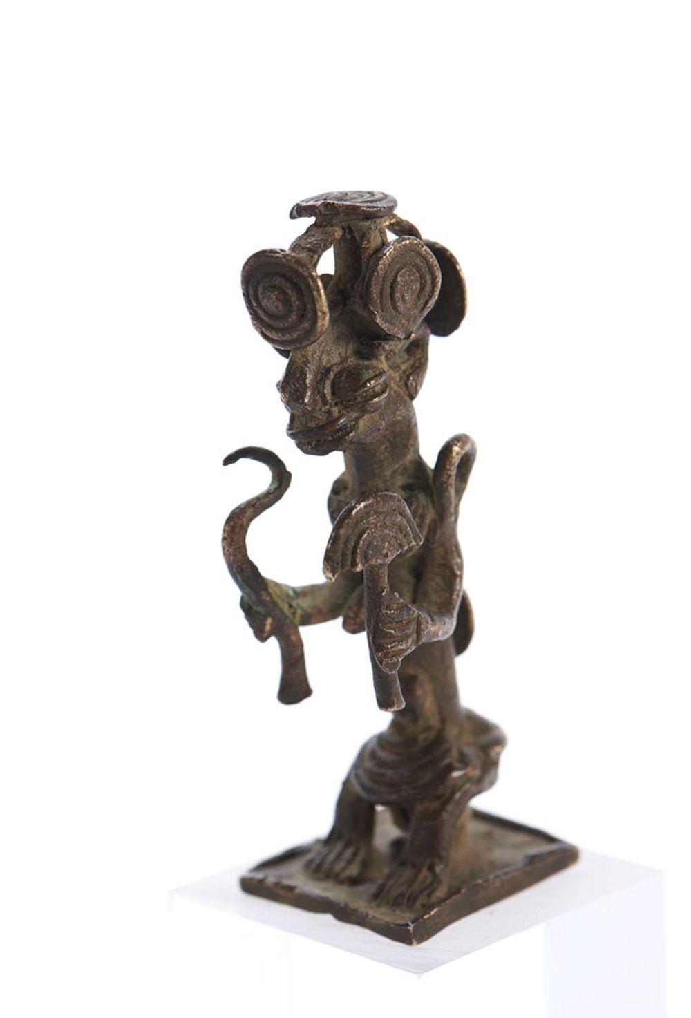 Figura de chefe, escultura Yoruba, Nigéria