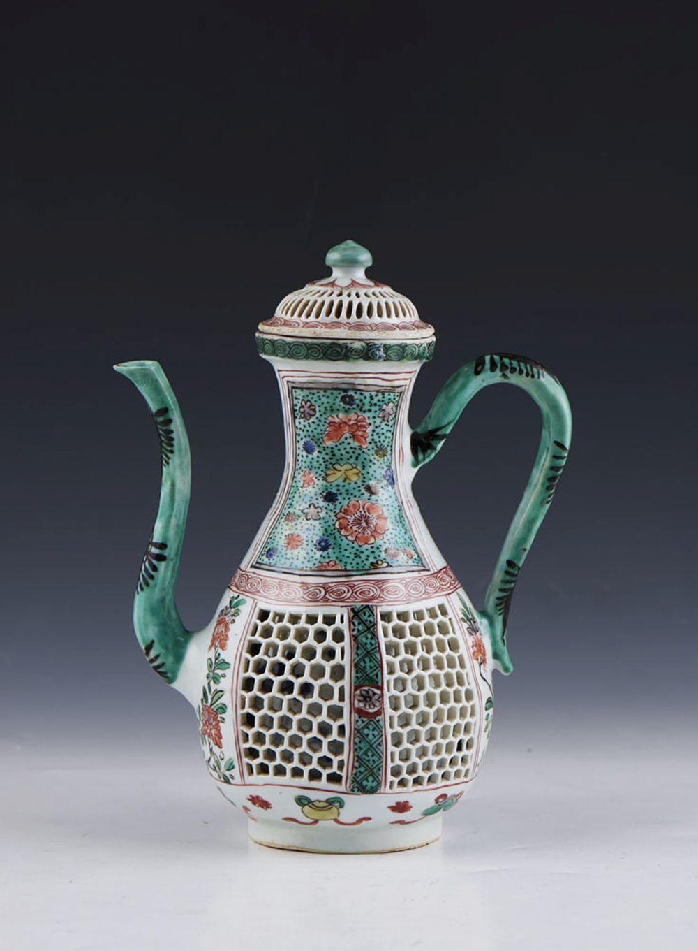 Cafeteira em porcelana chinesa