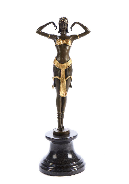 Dançarina, escultura em bronze, 43 cm.