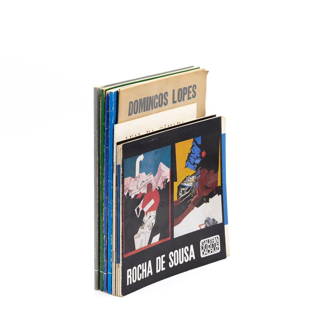 Catálogos Exp. de Arte. Lote de 12 vols.brs.