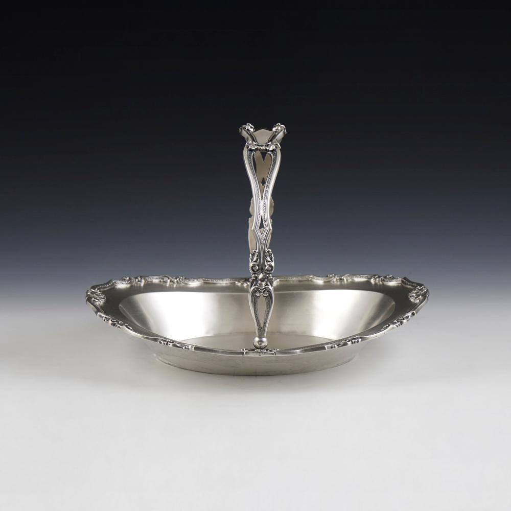 Cesto em prata portuguesa, séc. XX, P.1350 g.