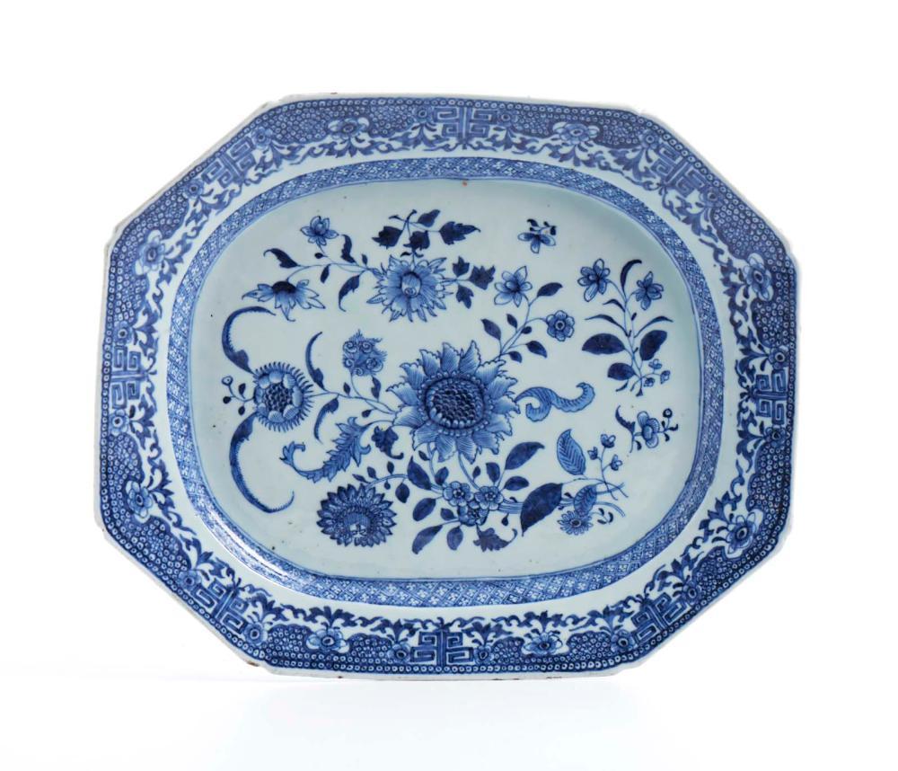 Travessa em porcelana chinesa CI