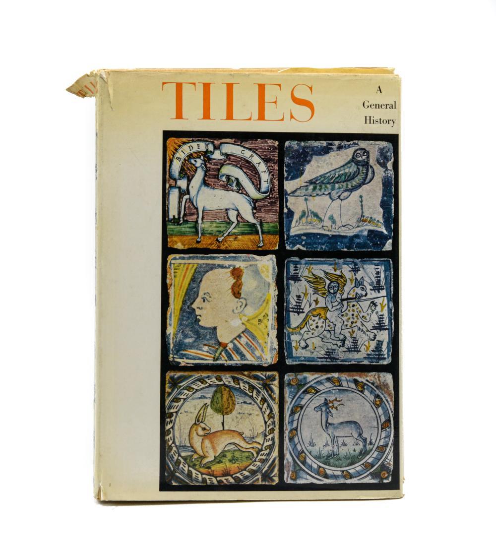 BERENDEN. TILES: A General History, 1 vol. enc.