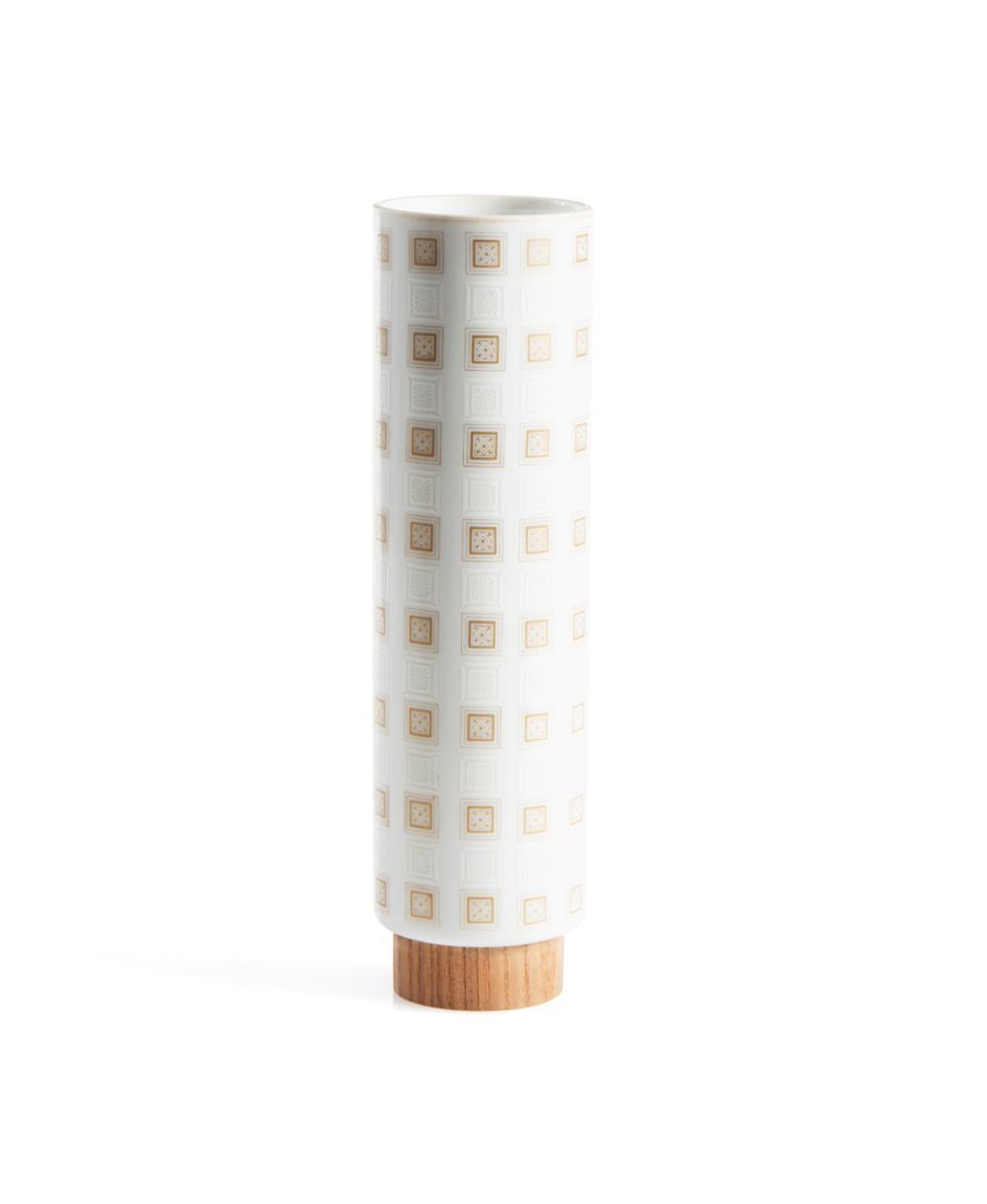 Jarra em cerâmica com base em madeira