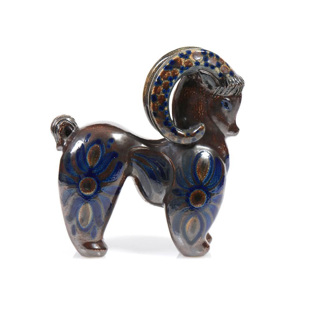 Carneiro, escultura em cerâmica