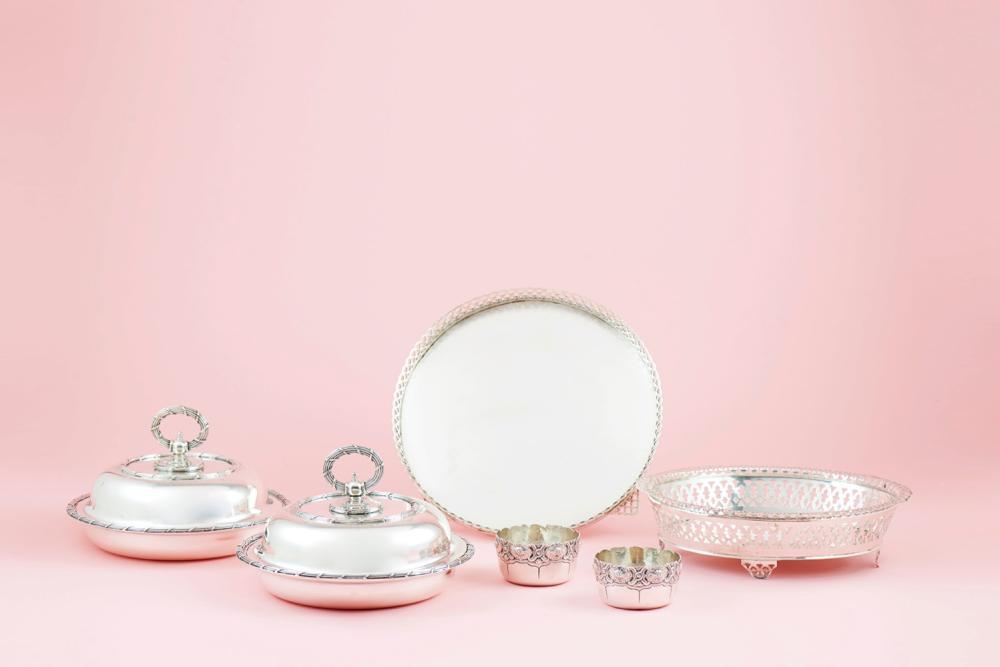Par pratos cobertos, Leitão, prata 833%, P.2188g.