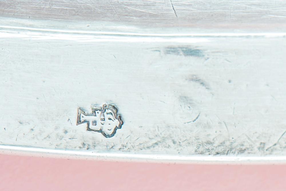 Travessa elíptica em prata francesa, P.1120g