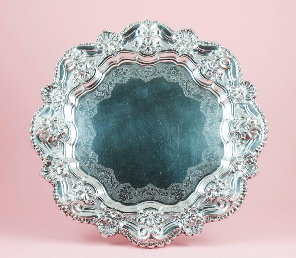 Grande salva em prata 833%, séc. XX, P.1584g