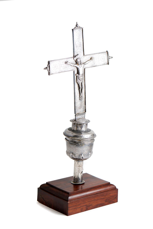 Cruz processional em prata, séc. XVI, P.906g
