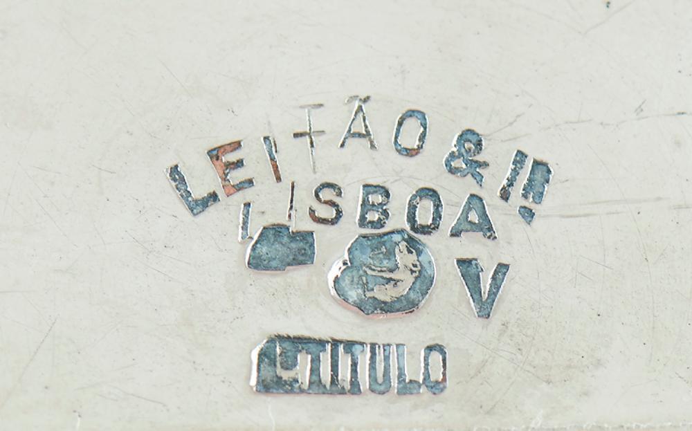 Dois lavabos de prata 916%, Leitão&Ir., P.184g
