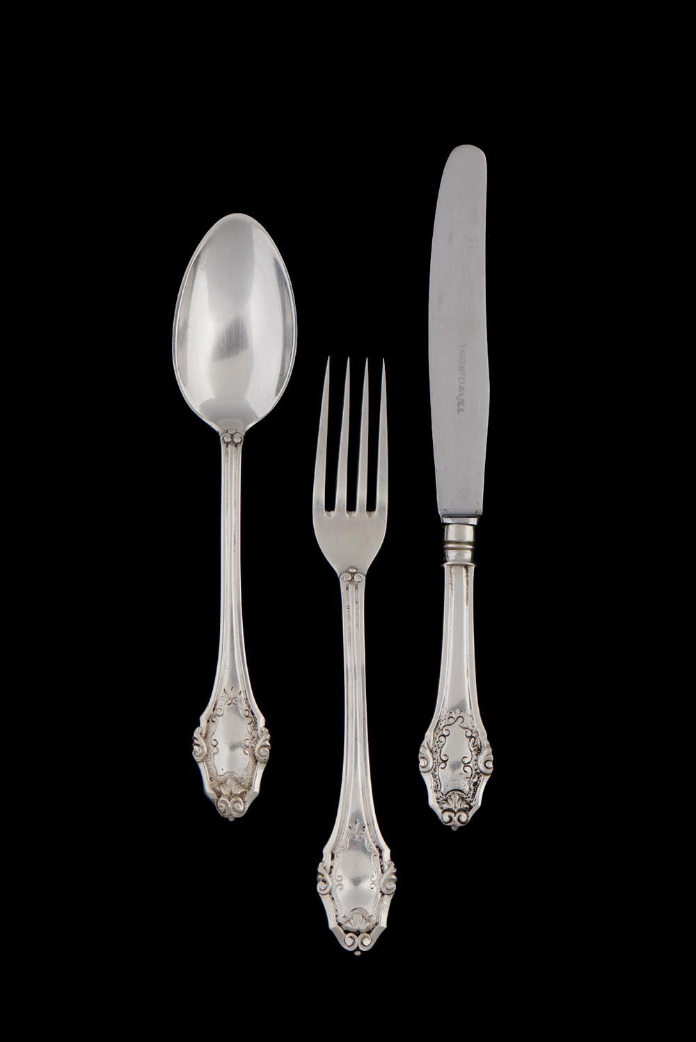 Parte de faqueiro em prata 833% e outro, P.4800g