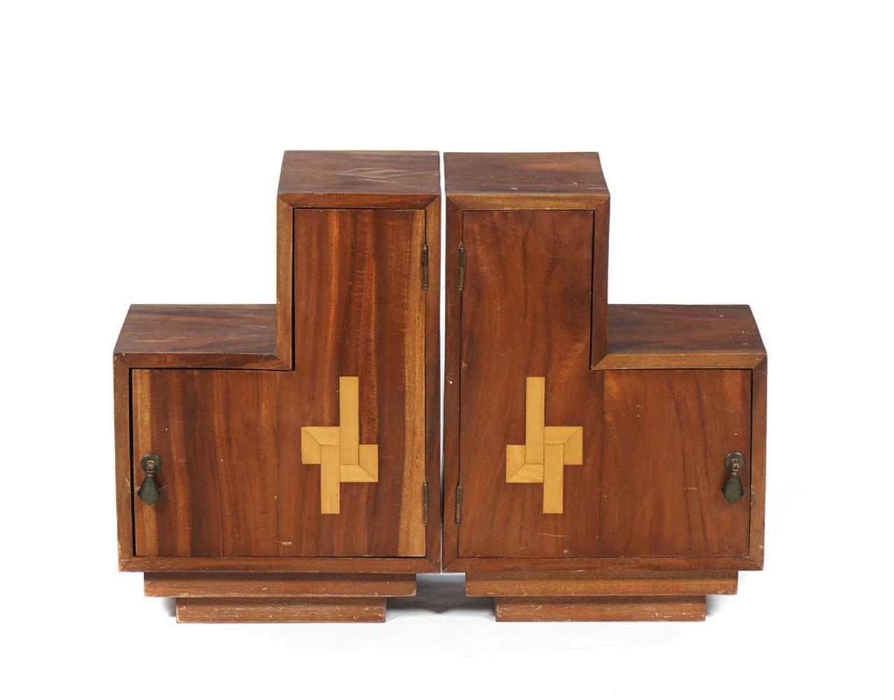 Par de pequenos móveis de apoio, modelo Art Deco