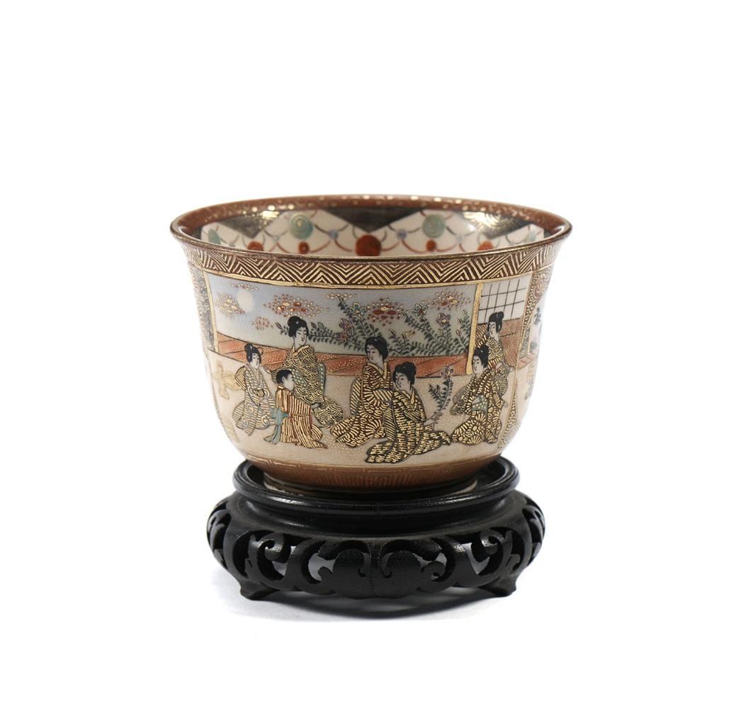 Taça em cerâmica japonesa c/ base madeira (2)