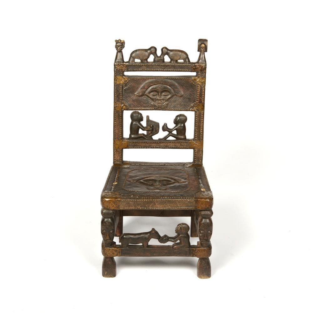 Cadeira de Soba, africana, Quioca, em madeira