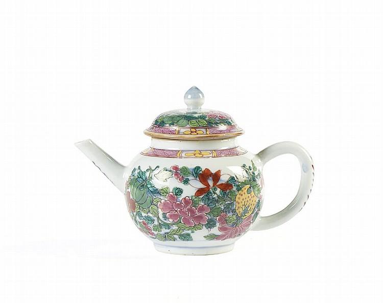 Bule com tampa em porcelana chinesa CI