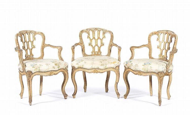 """Conjunto de três """"fauteuils"""" do séc. XVIII"""