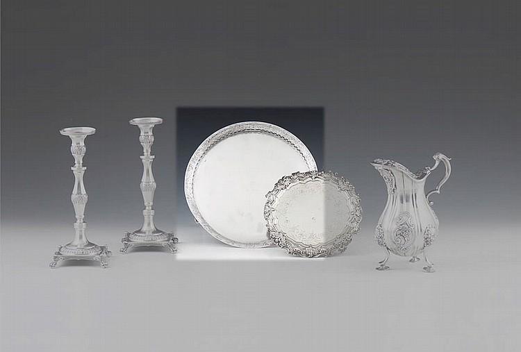 Salva de gradinha em prata, séc. XIX, P. 478 g.