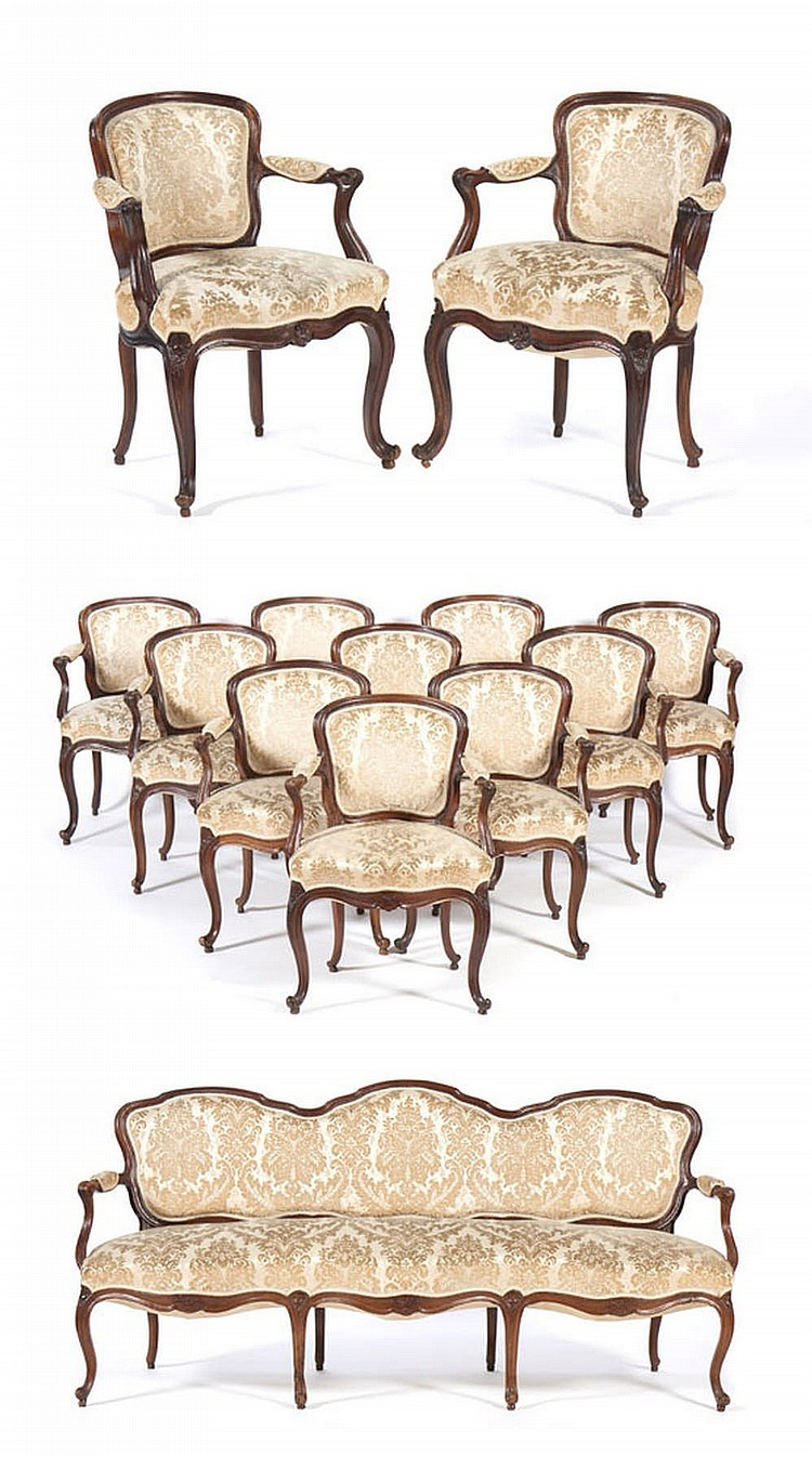 "Conjunto de dez ""fauteuils"" e canapé, séc. XVIII"