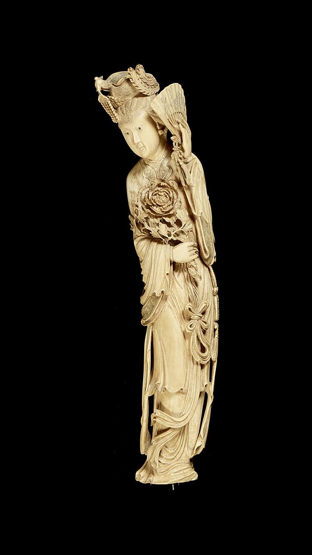 Guanin, grande escultura oriental em marfim
