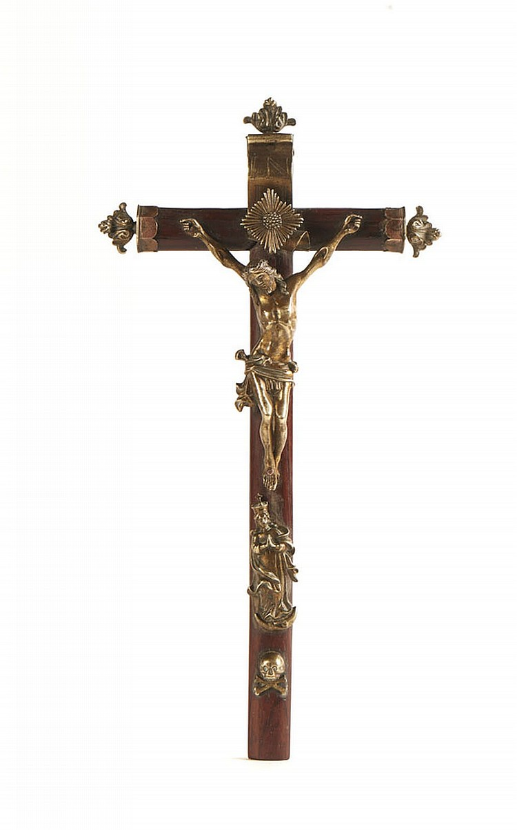 Crucifixo em pau-santo, com aplicações em bronze
